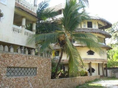 Photo of Coconut Beach Apartments