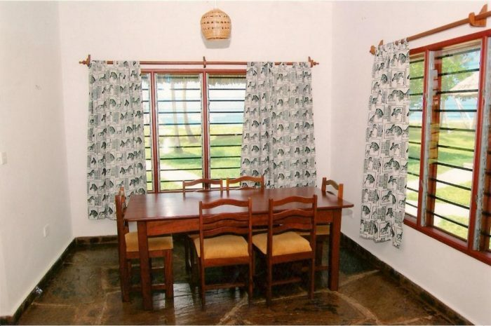 Three Bedroom Cottage with Ocean View