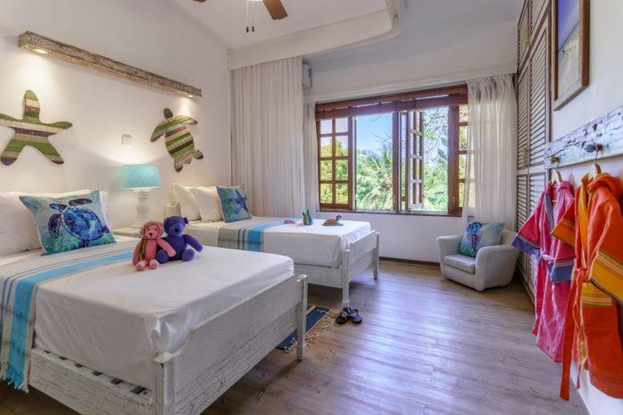 Villa (8 bedroom)